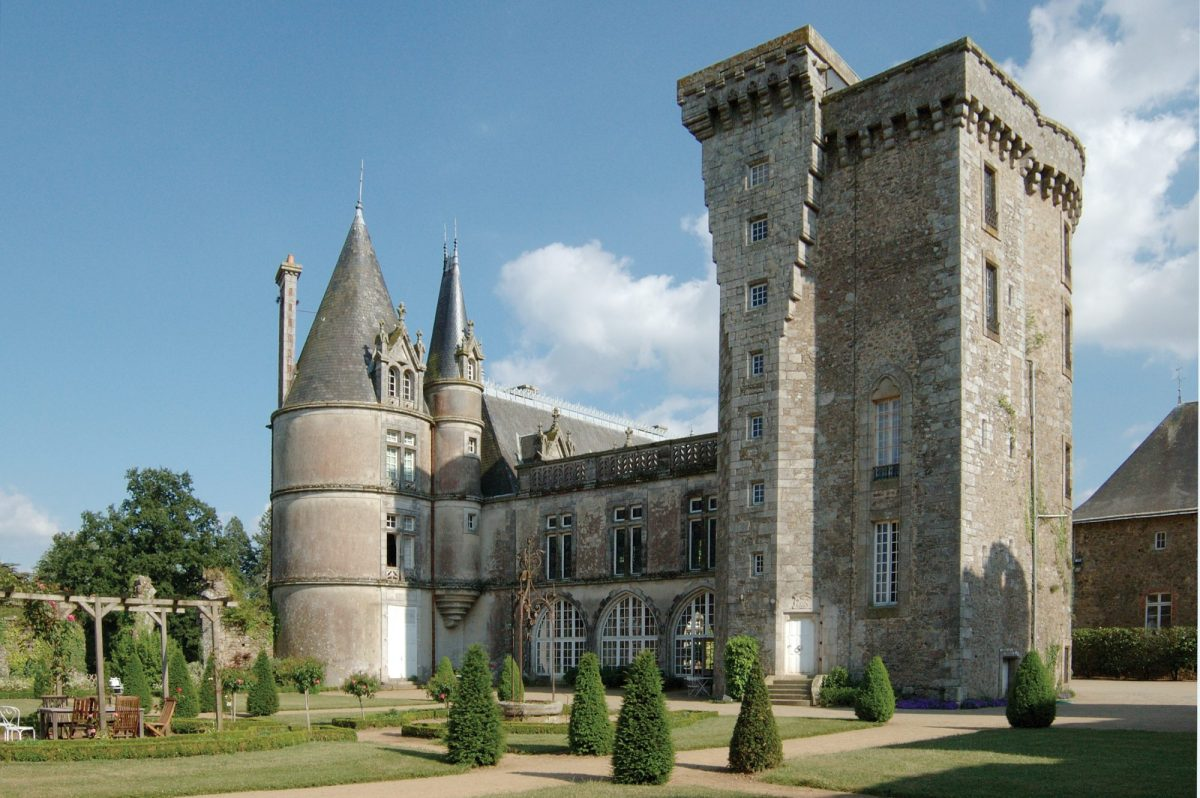 Chateau de la Flocelliere